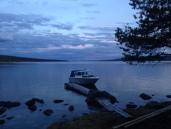 Båttaxien slapp meg av i Storvika, korteste vei til Røvollsfjellet.